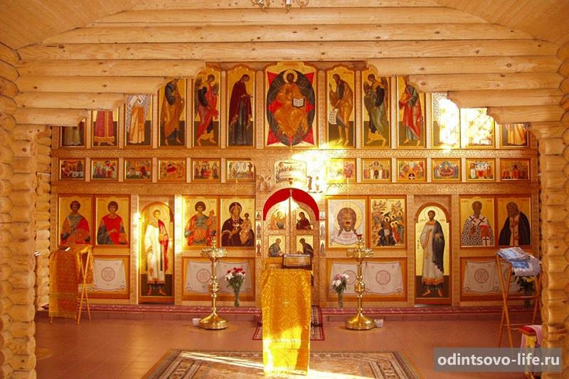 Храм Богоявления Господня в Жаворонках