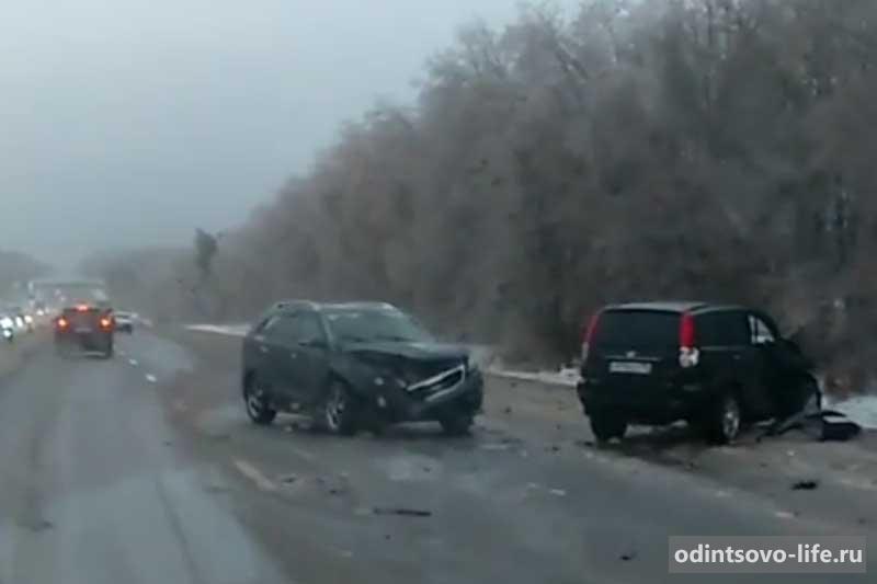 Последствия ледяного дождя в Подмосковье 2016