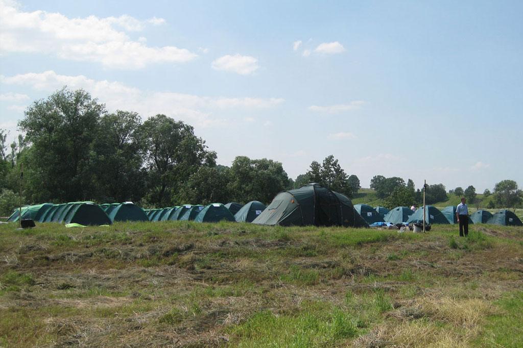 Палаточный лагерь в Волково